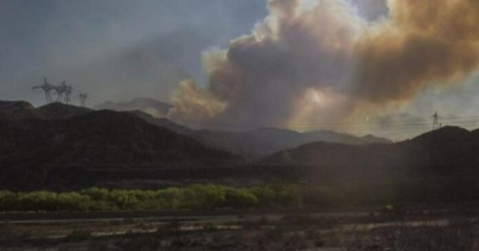 Western wildfires fuel politics of climate change